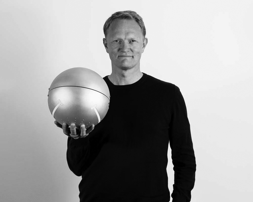 CEO Brage W. Johansen with the very first complete prototype